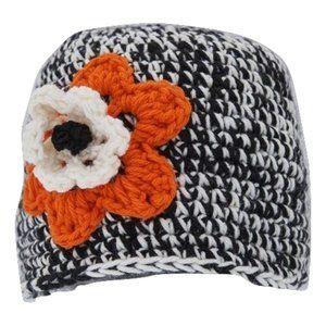 🆕 Hand-Crocheted Black and White Beanie